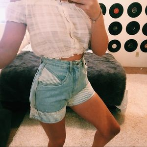 VINTAGE MOM SHORTS PIN STRIPED SIZE 4